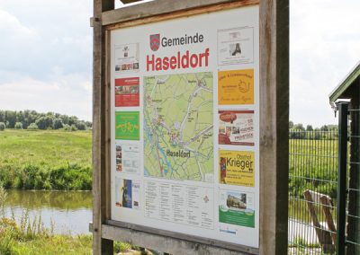Hinweistafeln im Kreis Pinneberg (div. Gemeinden).